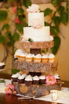 wood cake/cupcake stand