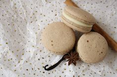 Floral Frosting: Vanilla Chai Macarons with Vanilla Bean Cream
