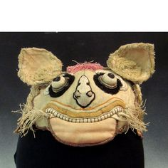 Antique Chinese Child's Tiger Embroidered Hat Circa 1900 Ch'ing Dynastyhttp://www.pinterest.com/graphicshowroom/puppets-masks-costumes/