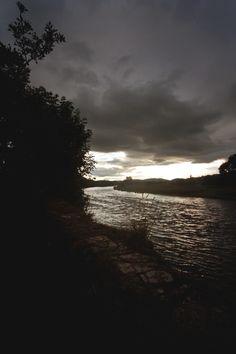 River Tweed, Scottish Borders    [Middle East Blog] [Photography Blog]  [Gif Animation Blog]