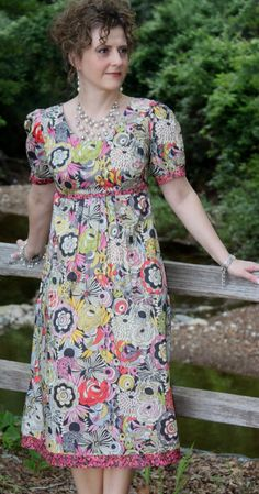 Sew Serendipity: Bebe! This is such a cute dress in so many lengths.