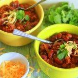 Crock Pot Buffalo Cauliflower Chili | Kitchen Treaty
