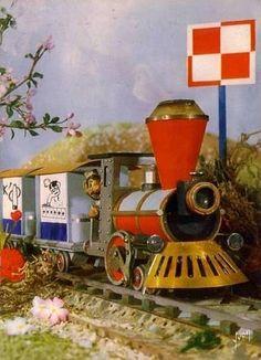 En avril 1963, le petit train rebus sera remplacé par Le Petit Train de la Mémoire, pour lequel il faut reconstituer un dessin à partir de petits bouts dessinés sur les différentes voitures. Les interludes disparaîtront définitivement en 1974.