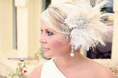 Wedding Veil, Bridal Veil and Feather Fascinator  --  Scarlett's Veil Variation by FascinatingCreations on Etsy https://www.etsy.com/listing/181883973/wedding-veil-bridal-veil-and-feather