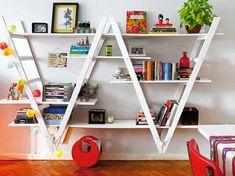Organisieren Sie Ihren Raum mit DIY Bücherregalen - http://wohnideenn.de/dekoration/09/raum-mit-diy-bucherregalen.html