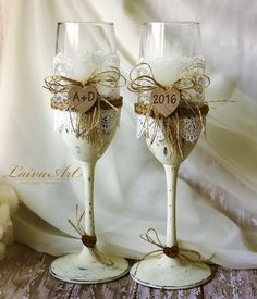 Rustic Personalized Wedding Champagne Flutes Rustic Burlap wedding Outdoor wedding Cottage wedding Barnyard wedding