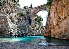 Furore Fjod фьорд Фуроре и пляж в Италии