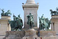 Heroes Square in Budapest. Impressive! http://www.tipsfortravellers.com/uniworld-budapest/ @Uniworld Boutique River Cruises @titantraveluk #exploreuniworld #titantraveluk #budapest