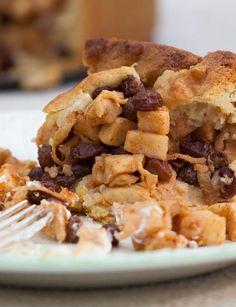 Dutch apple pie with cardamom pods for an optional twist.
