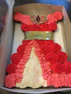 Elena of avalor cupcake cake