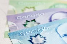 Canadian Retirees: 3 Monthly Income Stocks Yielding 5-7.5% for Your TFSA