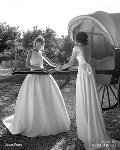 Nanda-Devi-by-Jesus-Peiro-2016-Wedding-Dress-15.jpg (600×750)