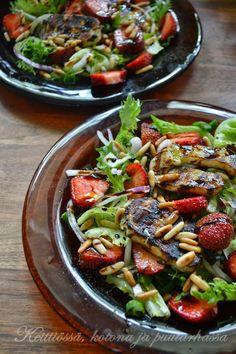 Mansikka-Halloumi salaatti Strawberry halloum salad
