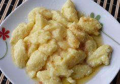 Kluski serowe kładzione