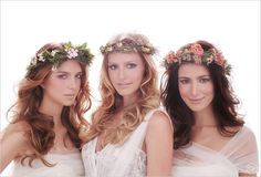 {Wedding Day Beauty} : Flower Power - Belle the Magazine . The Wedding Blog For The Sophisticated Bride