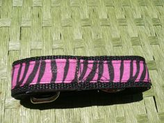 Another great animal print from Green Paw Products.  Matching leash and collar set!