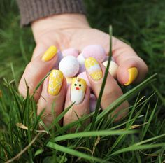 Create beautiful sunshine nails with Evo Muriel Bio Sculpture, Easter Nail Art, Nail Art Brushes, Bright Spring, Spring Crafts, Cool Patterns, Spring Nails, Nails Inspiration, Gel Nails