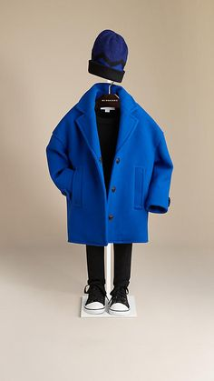 Burberry Bright sapphire blue Oversize Wool Blend Coat - Oversize coat in a… Cute Boy Outfits, Little Boy Outfits, Little Boy Fashion, Baby Boy Fashion, Kids Outfits, Kids Fashion, Burberry Outfit, Kids Coats, Kids Wear