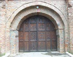 gate Bucharest, Beautiful Architecture, Gate, Home Decor, Windows, Doors, Decoration Home, Portal, Room Decor