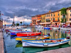 Lago di Garda, Lazise, province of Verona, Veneto region Italy. Cool Places To Visit, Places To Go, Beautiful World, Beautiful Places, Lake Garda Italy, All About Italy, Best Of Italy, Italian Lakes, Camping Holiday