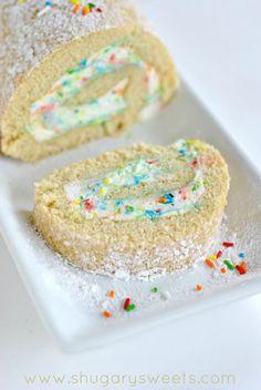 Vanilla Funfetti Cake Roll: delicious vanilla sponge cake with homemade funfetti whipped cream filling.Source From homemade funfetti whipped cream roll cake. Summer Desserts, Just Desserts, Delicious Desserts, Yummy Food, Dessert Healthy, Dessert Drinks, Dessert Recipes, Cake Roll Recipes, Vanilla Cake Roll Recipe
