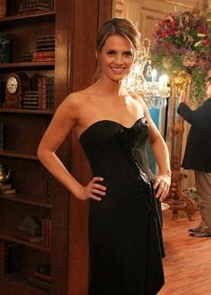 Stana Katic in an OMG-black-dress. *swoon*
