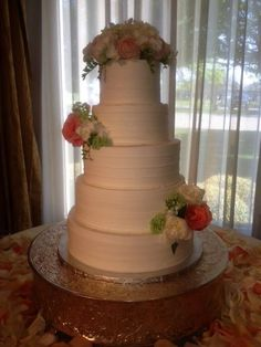 Best wedding cakes in Dallas and North Texas. #dfwbrides, Dallas Brides, Dallas weddings