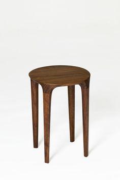 size 310 310 420 material walnut, oil, shellac, varnish finish 곡선가구 Stools