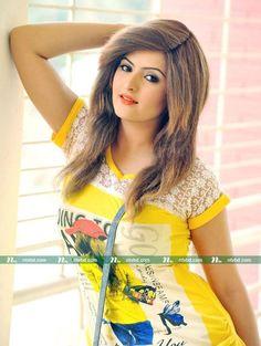 Pori moni in yellow dress 1 Stylish Name, Girls Dp Stylish, Stylish Girl Images, Cute Girls, Beautiful Girl Photo, Cute Girl Photo, Girl Photo Poses, Gorgeous Women, Gorgeous Hair