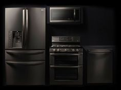 "& I've always loved black appliances and am thrilled that they now have black stainless! ""Discover the LG Black Stainless Steel Series. Featuring a black stainless steel finish and the latest technology, it's at the forefront of style and innovation. Home Design, Küchen Design, Booth Design, Design Trends, Stainless Steel Kitchen Appliances, Kitchen Countertops, House Appliances, Kitchen With Black Appliances, Slate Appliances"