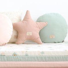 Nobodinoz ster kussen Aristote - Elements - Aqua Mint #nobodinoz #kidsroom #interior #pastel #mint #littlethingz