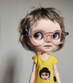 Hair a_hard_candy clear glasses now you can see her ears lol Ooak Dolls, Blythe Dolls, Disney Animator Doll, Fabric Animals, Real Doll, Girl Short Hair, Monster High Dolls, Pretty Dolls, Custom Dolls