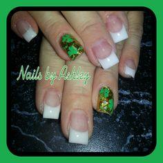 French gel nails gold 3 leaf clover foil
