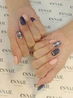 Navy, Nude and Plaid Nails. Get Nails, Fancy Nails, How To Do Nails, Hair And Nails, Matte Nails, Matte Pink, Nude Nails, Fabulous Nails, Gorgeous Nails
