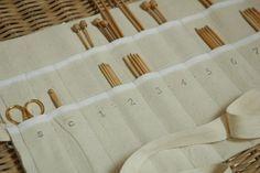 Como hacer una funda para las agujas de tejer 9