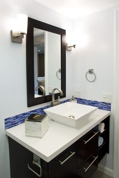 Small Bathrooms Design, Pictures, Remodel, Decor and Ideas - page 30