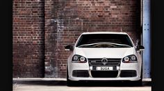 White R32