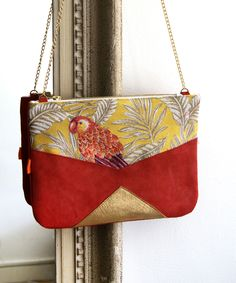 "Sac à main en cuir ""Jour de Mai"" : Sacs à main par naranja Summer Bags, Diy Accessories, Handmade Bags, Diy Clothes, Purses And Handbags, Pouch, Shoulder Bag, Leather, Sling Bags"