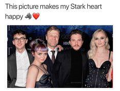 This [picture makes my Stark heart happy - iFunny :) Khal Drogo, Winter Is Here, Winter Is Coming, Art Parkinson, Jon Snow, Got Merchandise, Alfie Allen, Catelyn Stark, Valar Dohaeris