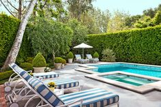 Latticework & Roses: California Garden - Traditional Home