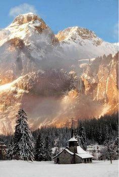 У подножья гор ... Природа, пейзаж, горы