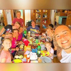 Tempo de Qualidade - Ksa de Pr Joshua - Comunhão - Desfrutando do Melhor de Deus - Hoje Tive a Honra de Comer o Famoso Churrasco Americano. Tempo em Família...