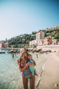 50 Tips for Traveling with a Baby #guide #tips #maternity