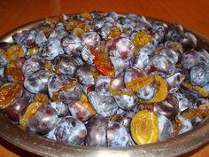 Magiun de prune bistritene din Carte de bucate, Conserve de fructe. Specific Romania. Cum sa faci Magiun de prune bistritene