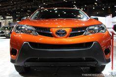 Hybrid Toyota RAV4 Highlights New York Auto Show Display