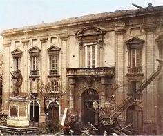 Il Palazzo Avarna in Piazza dell'Annunziata a Messina in una immagine del 1909 Messina, Notre Dame, Louvre, Community, Spaces, Building, Travel, Viajes, Buildings