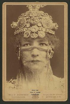 SARAH BERNHARDT. She make great dramatic history.