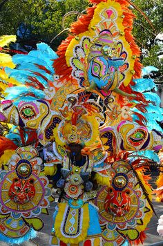 Junkanoo Festival in the Bahamas is held every year on Boxing Day (December 26). #travel #festival