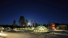 Kakslauttanen, Finland : Glass igloos to watch the aurora from bed.