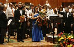 La Orquesta Filarmónica de la Ciudad de México interpretó obras del compositor Igor Stravinski con la participación de Erika Dobosiewicz y el pianista, Luis Castro, bajo la dirección de Avi Ostrowsky. Foto: Abril Cabrera A.